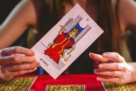 check out all our tarot services